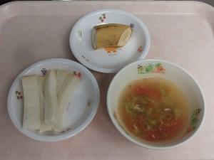 7~8か月 食パン、トマトスープ ばなな