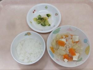 9~11か月 軟飯 豆腐の中華風 きゅうりのサラダ