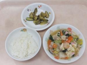 幼児食 ご飯 豆腐の中華煮 中華風きゅうり