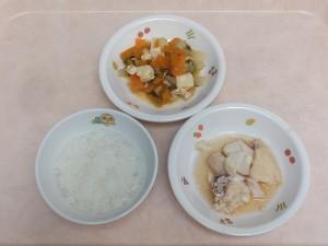 9~11か月 軟飯 鯛の煮魚 野菜の出し煮