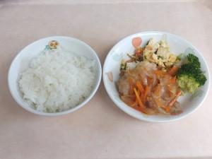 幼児食 ご飯 鶏南蛮 豆腐とトマトの卵炒め