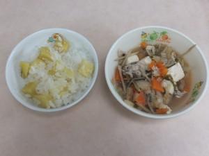 幼児食 さつま芋ご飯 豚汁