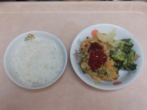 幼児食 ご飯 魚のナゲット ブロッコリーのゴマ味噌和え 粉吹芋