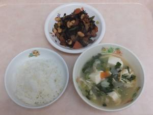 幼児食 ご飯 五目味噌汁 大豆の磯煮