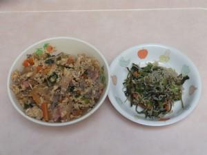幼児食 他人丼 小松菜のしらす和え