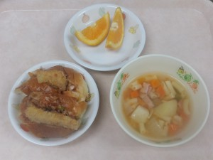 幼児食 フィッシュカツサンド ミネストローネ オレンジ