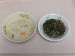 9~11ヶ月の離乳食 親子丼風 小松菜としらすの和え物