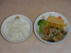 幼児食 ご飯 出し巻き卵 チャプチェ ブロッコリー