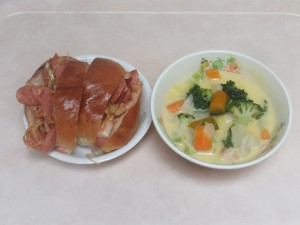 幼児食 ホットドック 白菜の中華煮