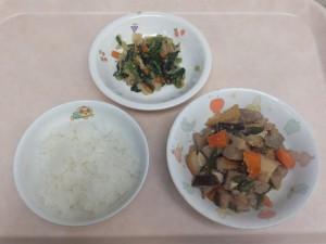 幼児食 ご飯 豚肉と野菜の 味噌炒め煮 ごま和え