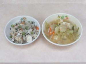 幼児食 魚いり炊き込みご飯 味噌汁