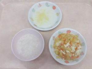離乳食 おかゆ 五目スープ くたくたりんご