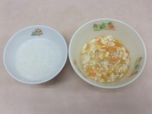 離乳食 おかゆ 豆腐のそぼろ煮