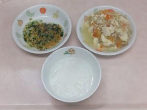 離乳食 おかゆ 豆腐の野菜あんかけ しらすの和え物