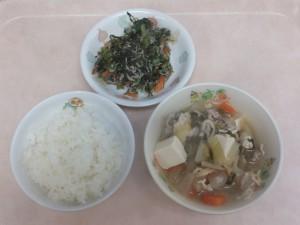 幼児食 ご飯 豚汁 小松菜としらすの和え物