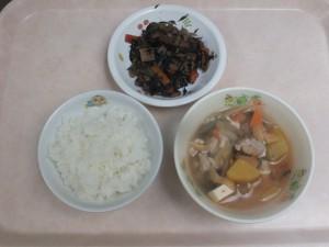 幼児食 ご飯 さつま汁 ひじきの炒め煮