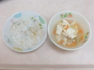 離乳食 五目がゆ レタススープ