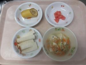 離乳食 食パン 野菜スープ トマト ばなな