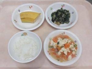 離乳食 おかゆ 人参と豆腐の炊き合わせ 白菜とほうれん草のおひたし ばなな