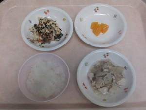 離乳食 おかゆ 煮魚 白和え オレンジ