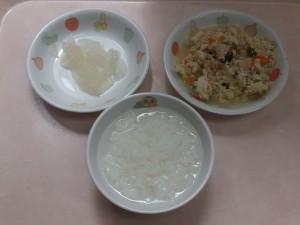 離乳食 おかゆ いり豆腐 梨のコンポート