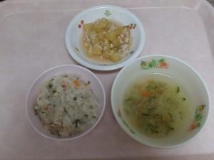 離乳食 五目がゆ 野菜スープ さつま芋のそぼろ煮