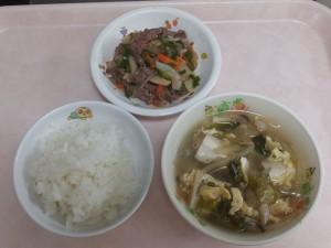 幼児食 ご飯 チンジャオロースー 中華スープ