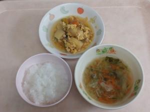 離乳食 おかゆ 野菜スープ かぼちゃのそぼろ煮